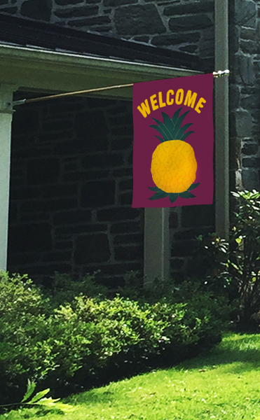 "Pineapple ""WELCOME"" Applique Flag - Maroon"