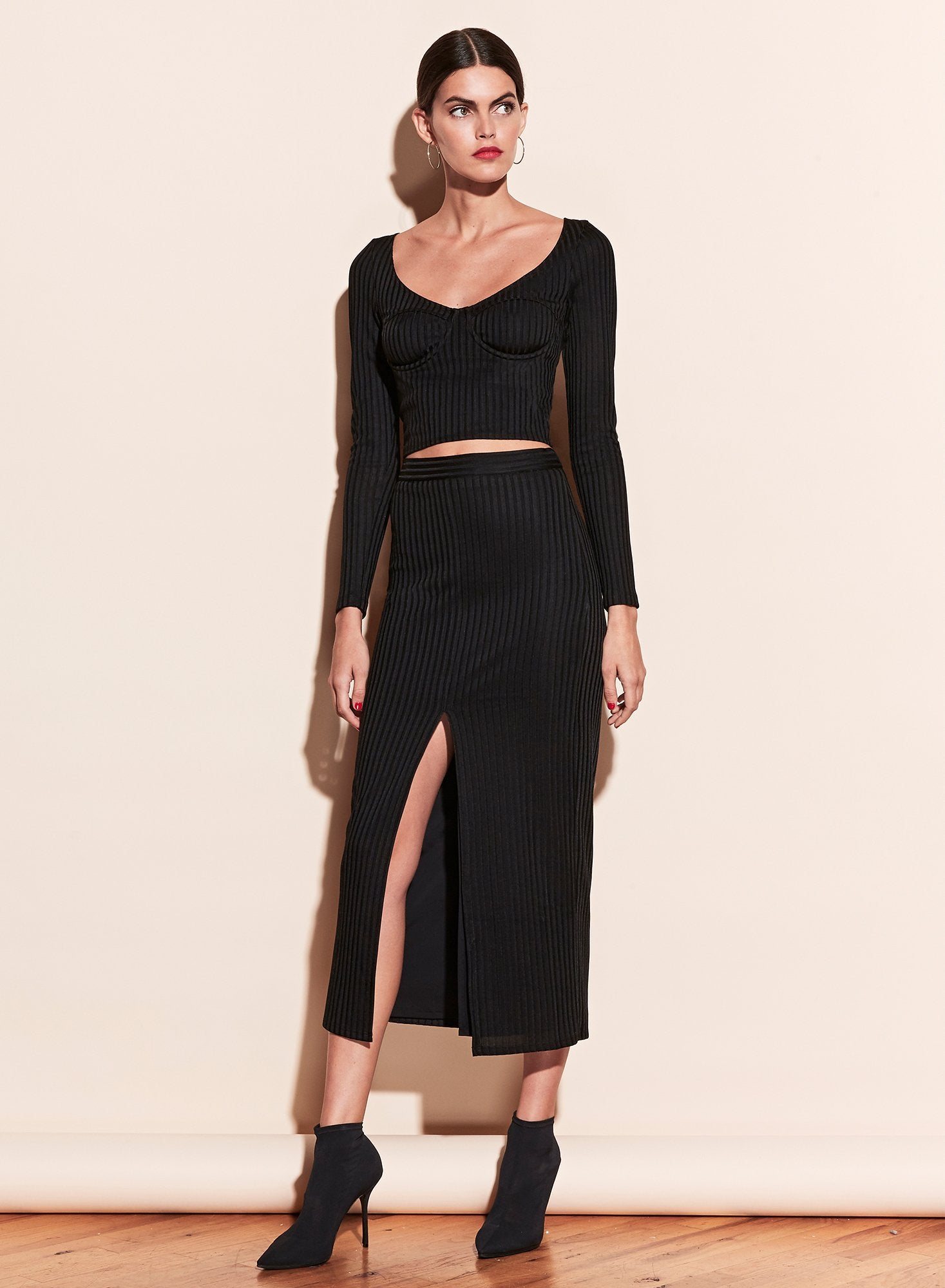 Ribbed Skirt With Slit