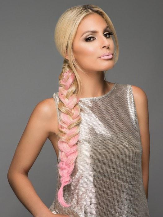 Color 14/88H/PINK | Dark Blonde Evenly Blended with Pale Blonde Highlights, Tipped with Pink