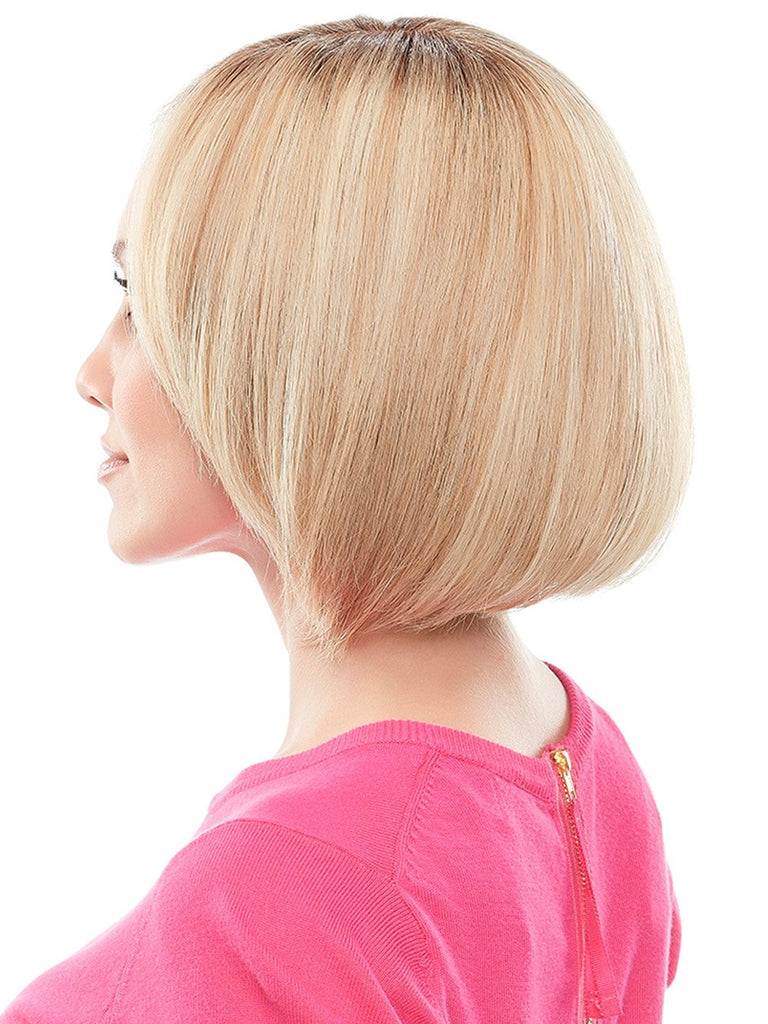 The top quality Remy human hair can be styled to blend seamlessly with short natural hair.