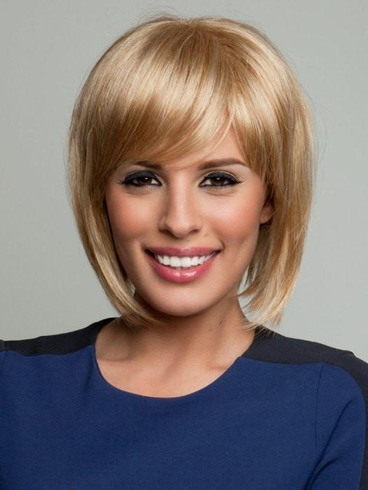 Color R25 = Ginger Blonde: Golden Blonde with subtle highlights | Faux Fringe by Raquel Welch