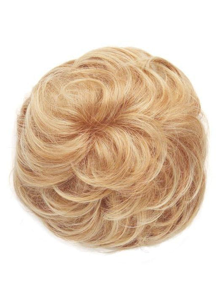 Color R25 = Ginger Blonde: Golden Blonde with subtle highlights | Lyric by Raquel Welch