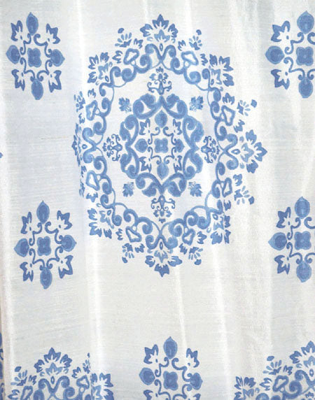 Marine Medallion curtain - blue on white