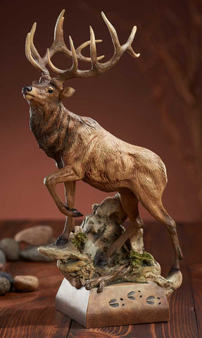 Hoofin' It – Elk Sculpture