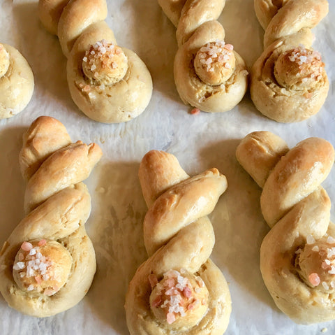 EASTER BUNNY ROLLS & STRAWBERRY TWISTS: Sunday, March 31st, 1-3:30pm