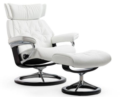 Skyline Signature Leather Recliner by Stressless at Fabers Furnishings