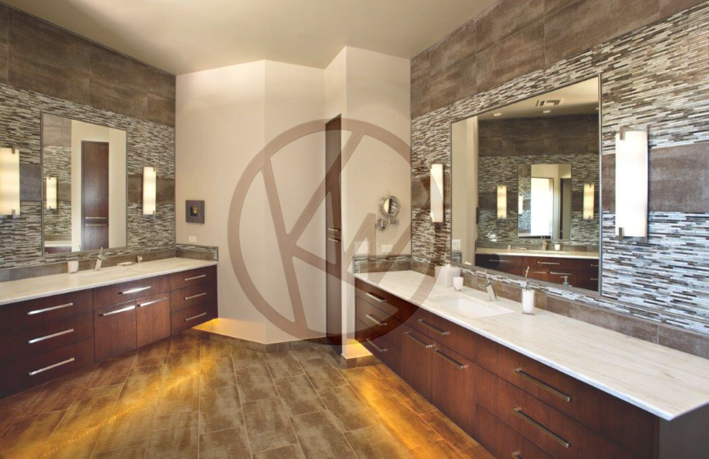 Accented Master Bath