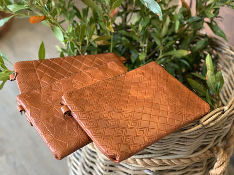Caramello Clutch with Strap
