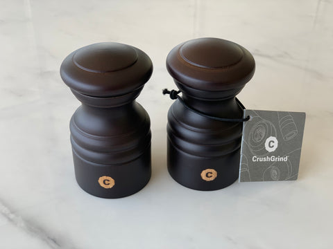 SMOKE Set of Salt & Pepper Shakers