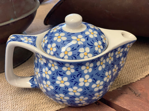 Ceramic Daisy Tea Pot with Strainer