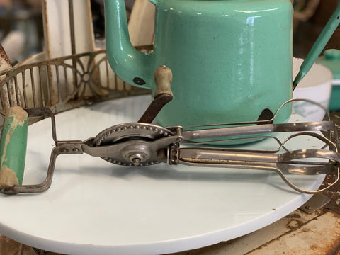 Vintage Green Mixing Beater