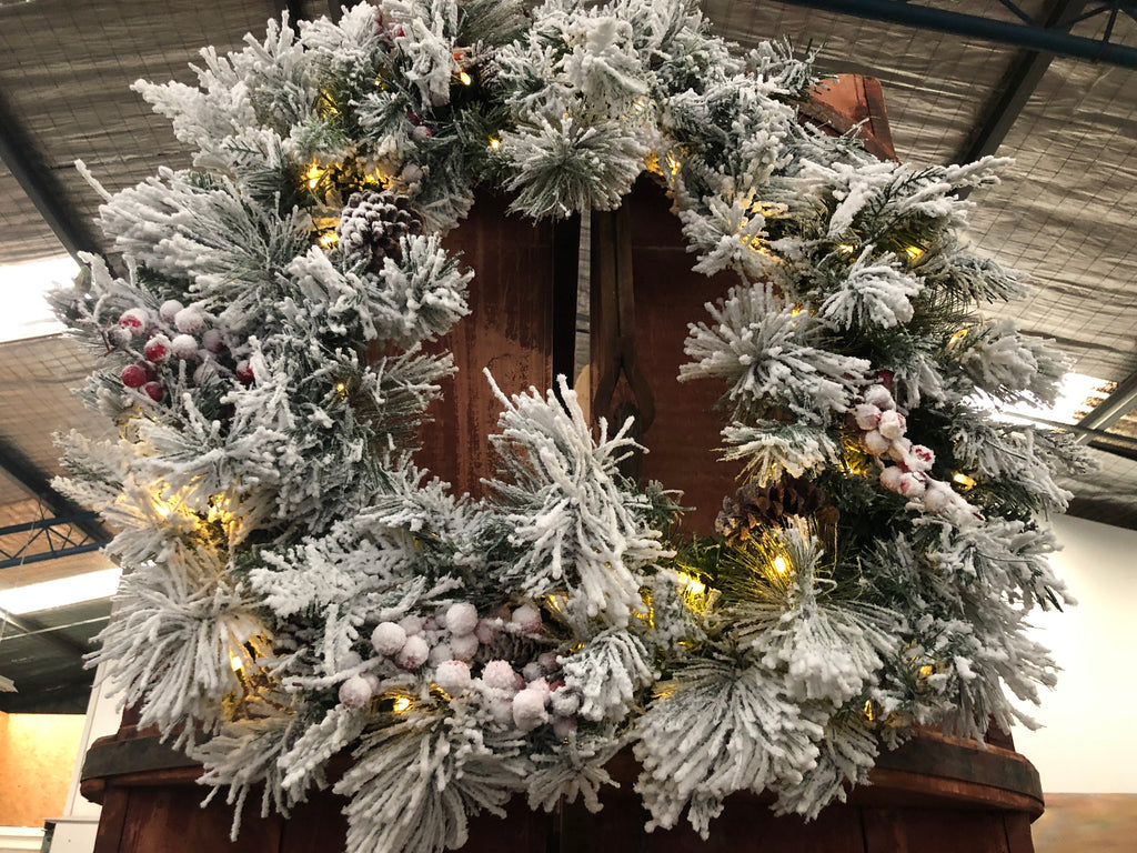 LED Light Up JUMBO Frost Tipped Wreath
