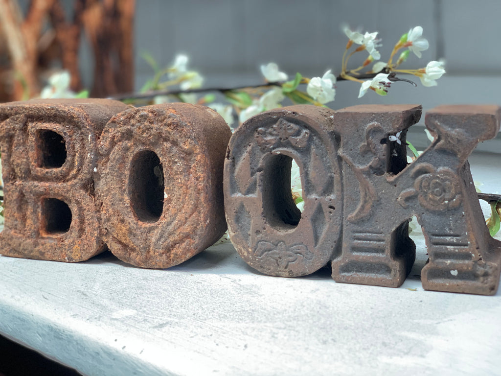 BOOK Cast Iron BOOK ENDS