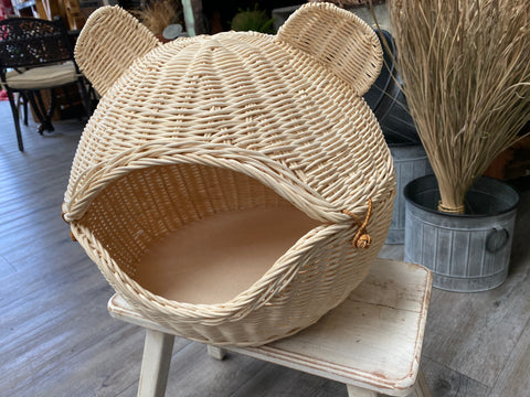 CUTE Rattan Cat/Dog Bed with Matress