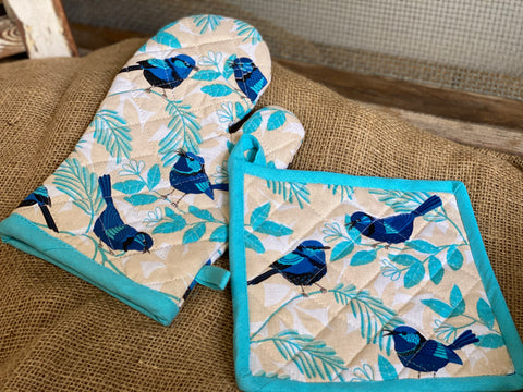 Sweet Blue Wrens Oven Glove and Pot Holder