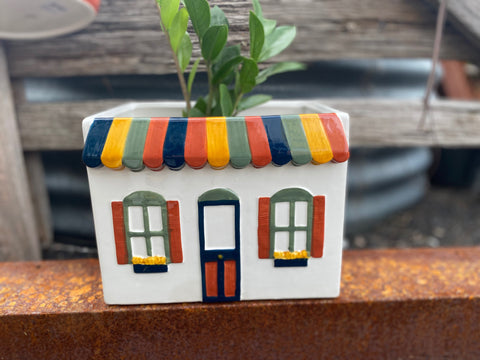 The TRIO Cottage Planter