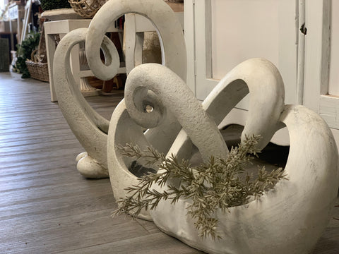 Romantic Heart SWAN Planter