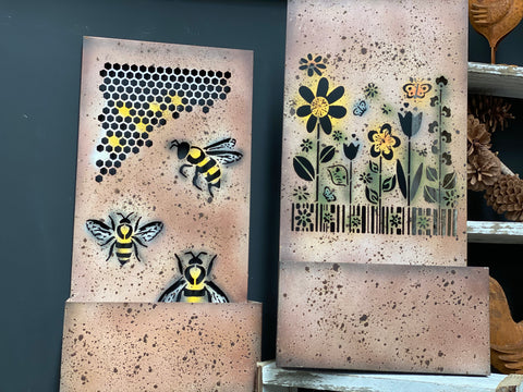 BUZZING BEEZ Wall Art Planter