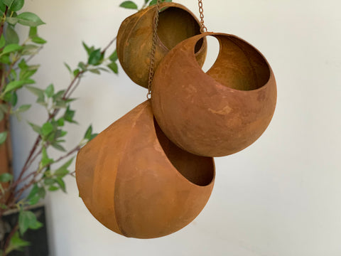 Set of 3 Hanging RUST Pots