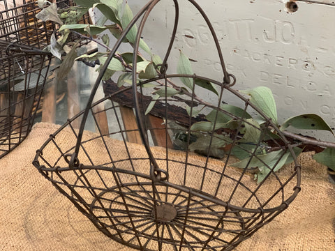 Wire Egg Carry Basket