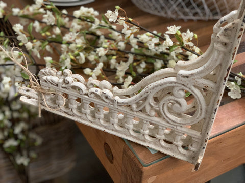 Pair Ornate Cast Iron Brackets