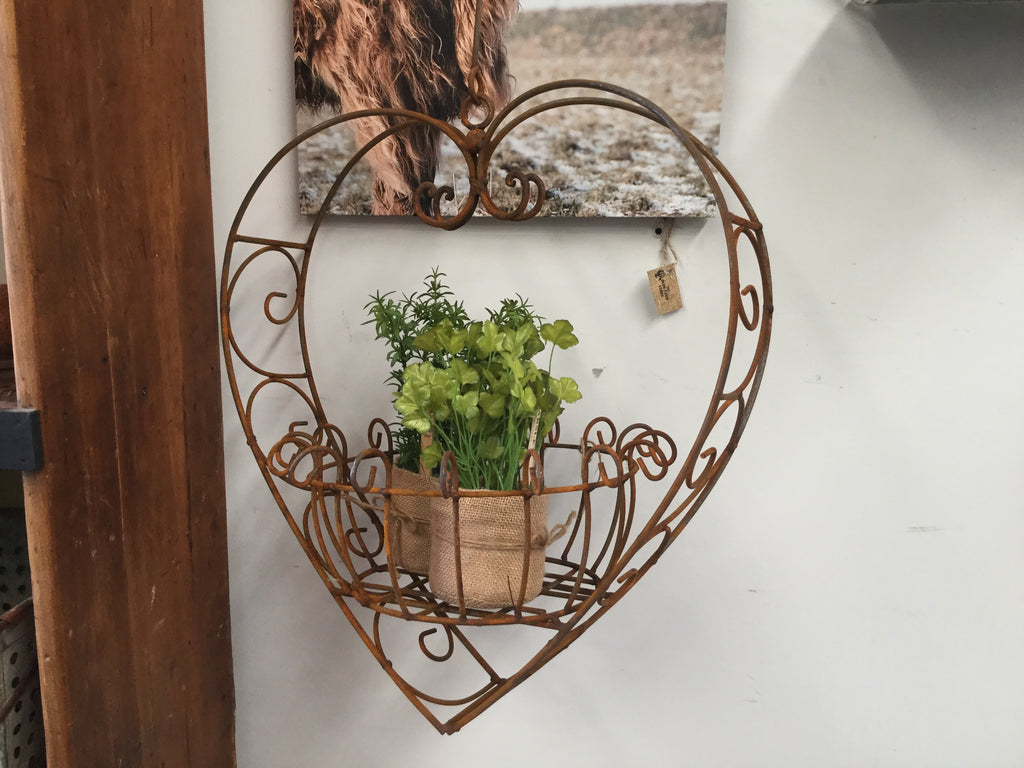 XL Rust Metal Hanging Heart Planter