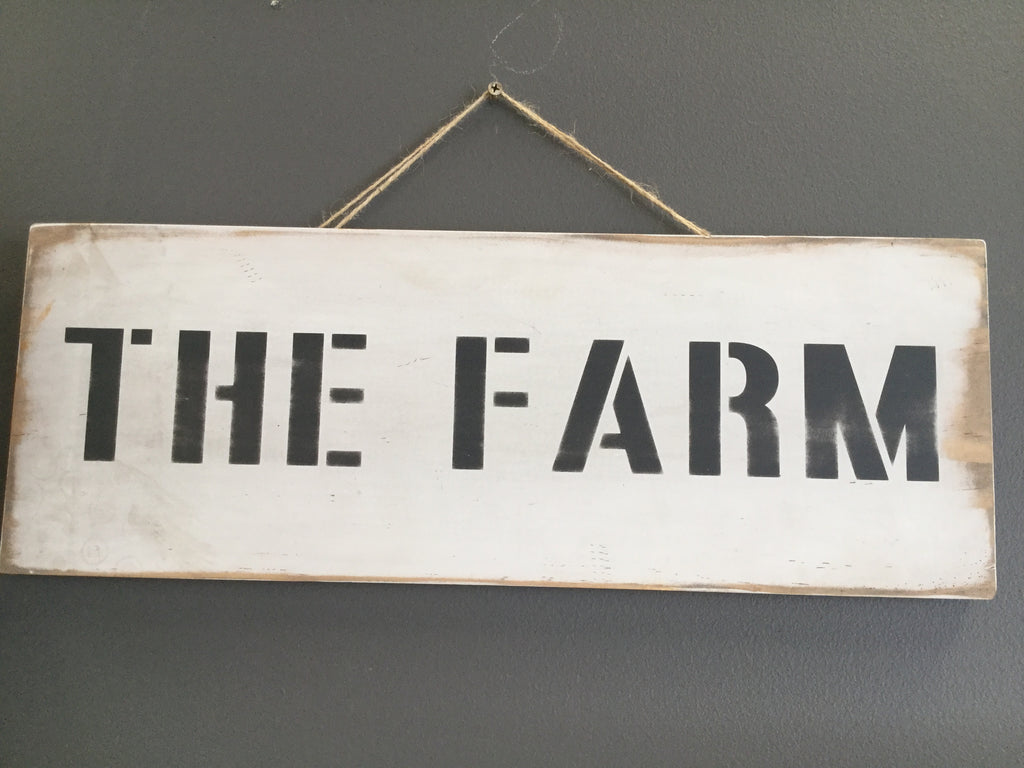 THE FARM Distressed Sign