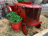 SMOKEY the RED Tractor Planter