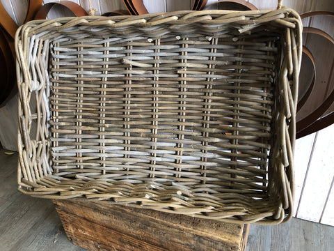 Kubu Basket Rectangle Tray