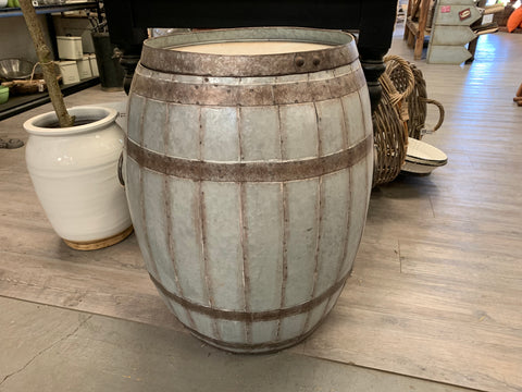 XL Metal Wine Barrel Storage with LID