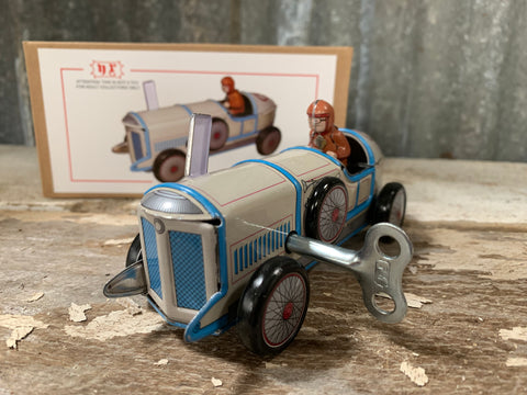 Hand made Retro Collectable WIND-UP Car
