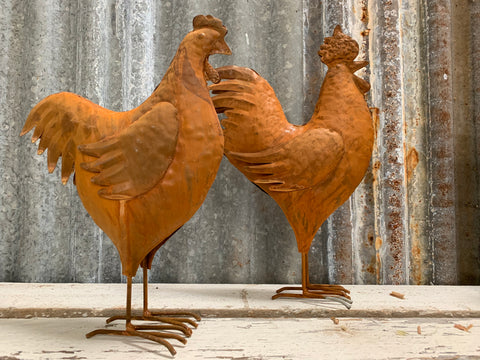 Medium Rusty Rooster & Hen Set
