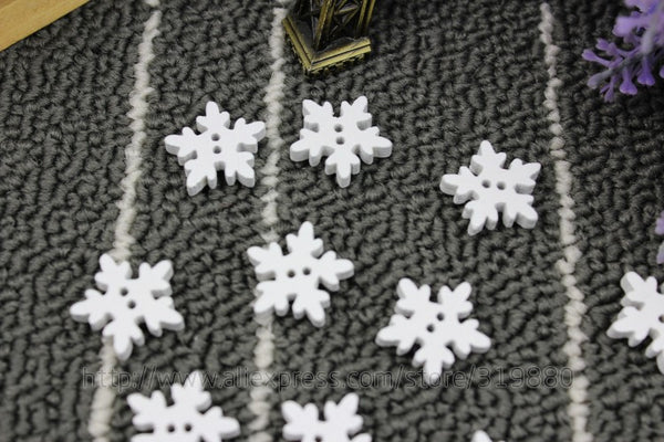 Christmas White Snowflake Pattern wood 2 holes button 18mm 50pc