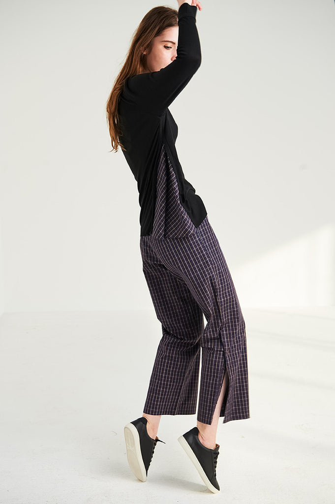 The Peekaboo Sweater