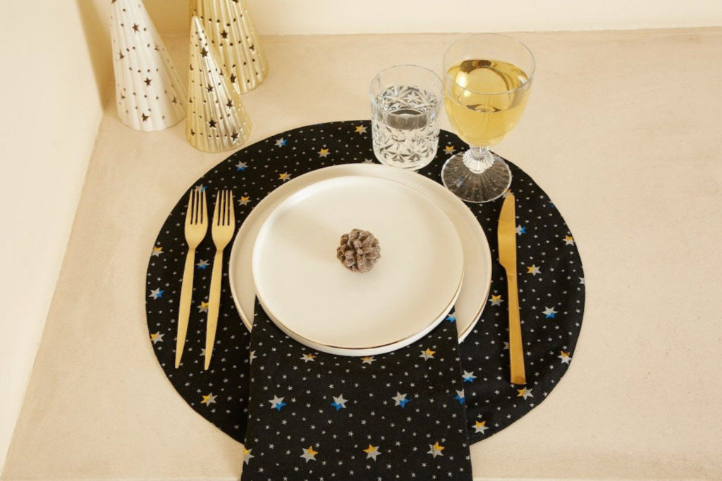 *KAGE PRE-ORDER 2 Weeks* Star Round Black Placemat