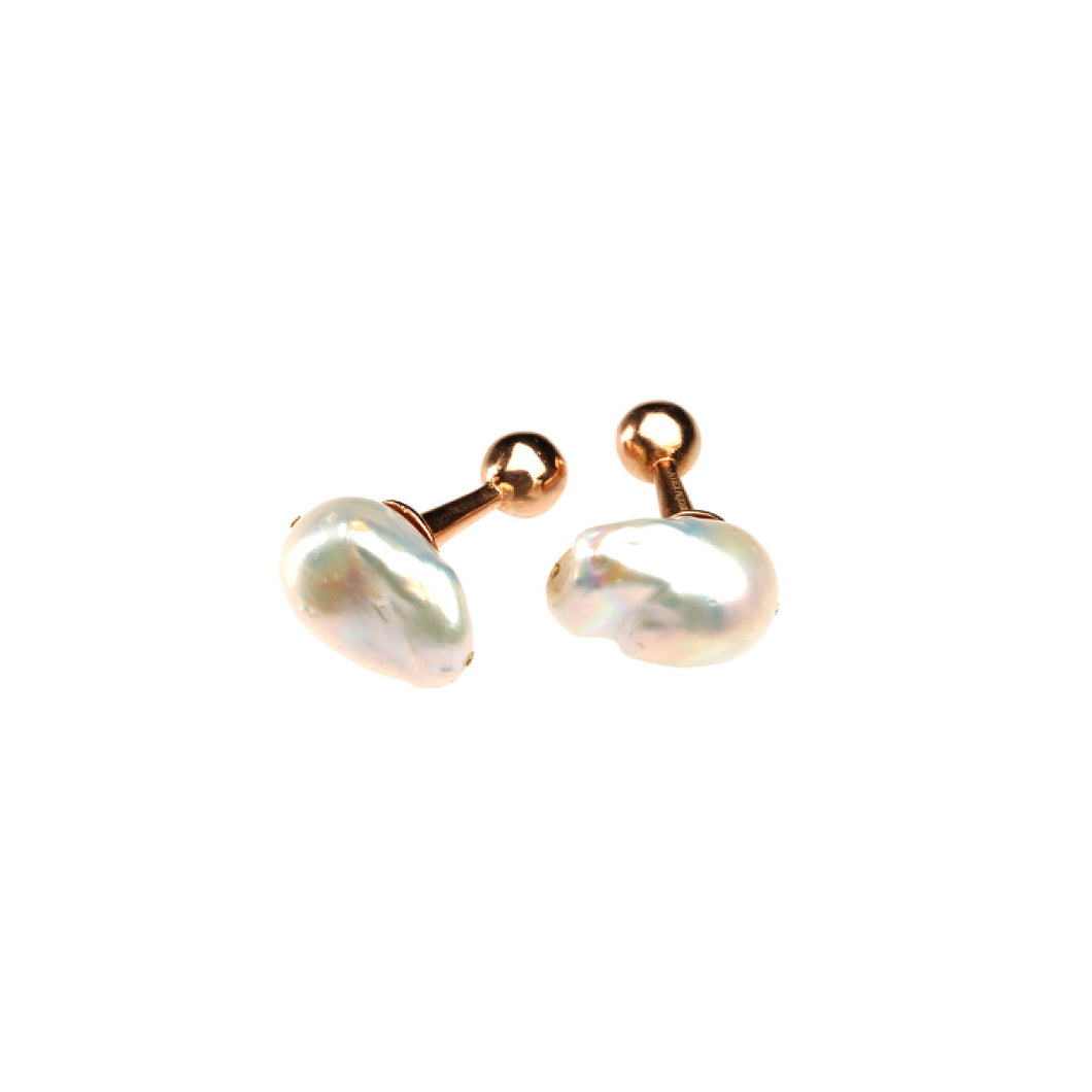 The Baroque Pearl cufflinks - UniqueFindz.com
