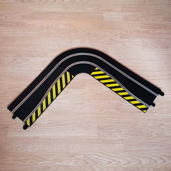 C8246 Long Chicane Side Swipe /& Borders #A Scalextric Sport 1:32 Track