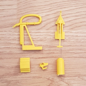 Scalextric 1:32 Spare Parts - C639 Pit Lane Petrol Pump, Can, Jack, Vice #P