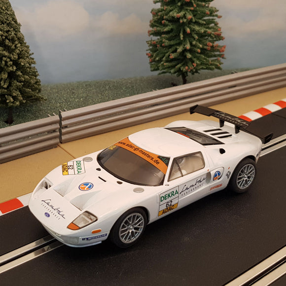 Scalextric 1:32 Car - C3290 White Ford GT #62 *LIGHTS* #Z