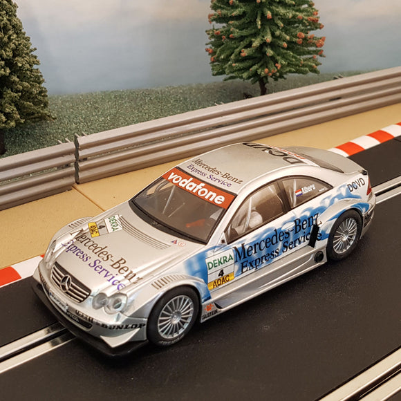 Scalextric 1:32 Digital Car - Silver Mercedes CLK DTM #4 *LIGHTS* Albers #Z