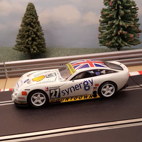 Scalextric 1:32 Car - C2590 White TVR T400R Synergy #27 *LIGHTS* #A