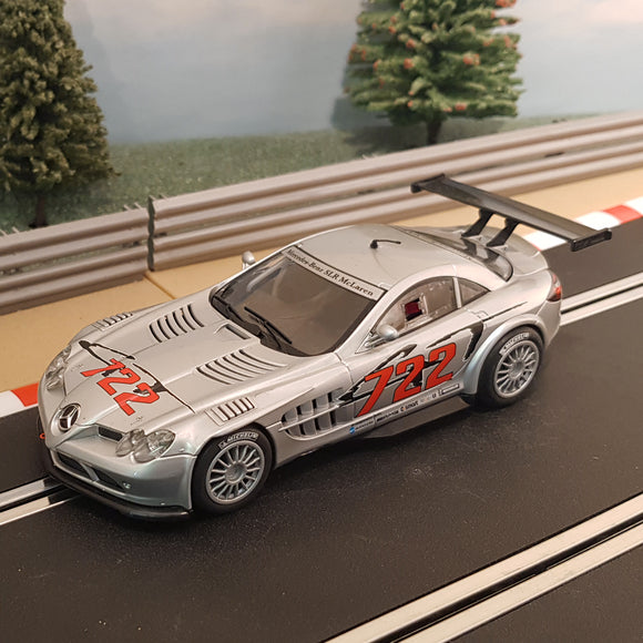 Scalextric 1:32 Car - C3010 Mercedes SLR McLaren 722 GT *LIGHTS* #E