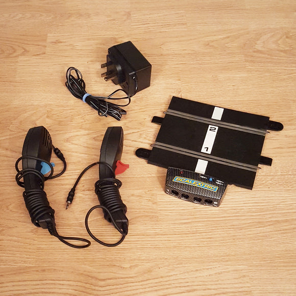 Scalextric Sport 1:32 Powerbase Track C8217 + Power Adaptor + Throttles #E