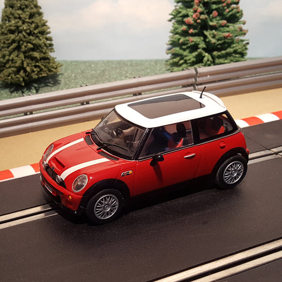 Scalextric 1:32 Car - Red Mini Cooper With White Roof *LIGHTS* #A