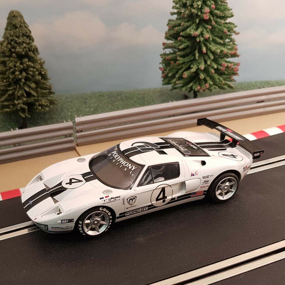Scalextric 1:32 Digital Car - C2995 White Ford GT #4 *LIGHTS* #A