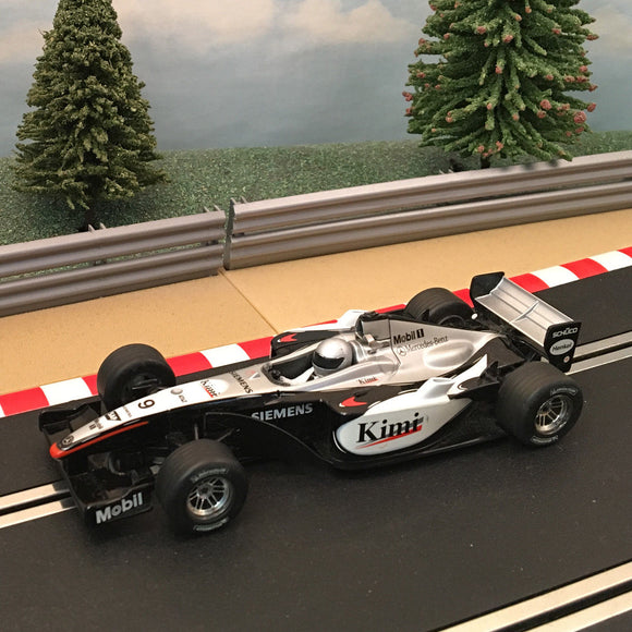 Scalextric 1:32 Car - C2668 F1 Mercedes Benz McLaren MP4-16 Kimi #9 #C