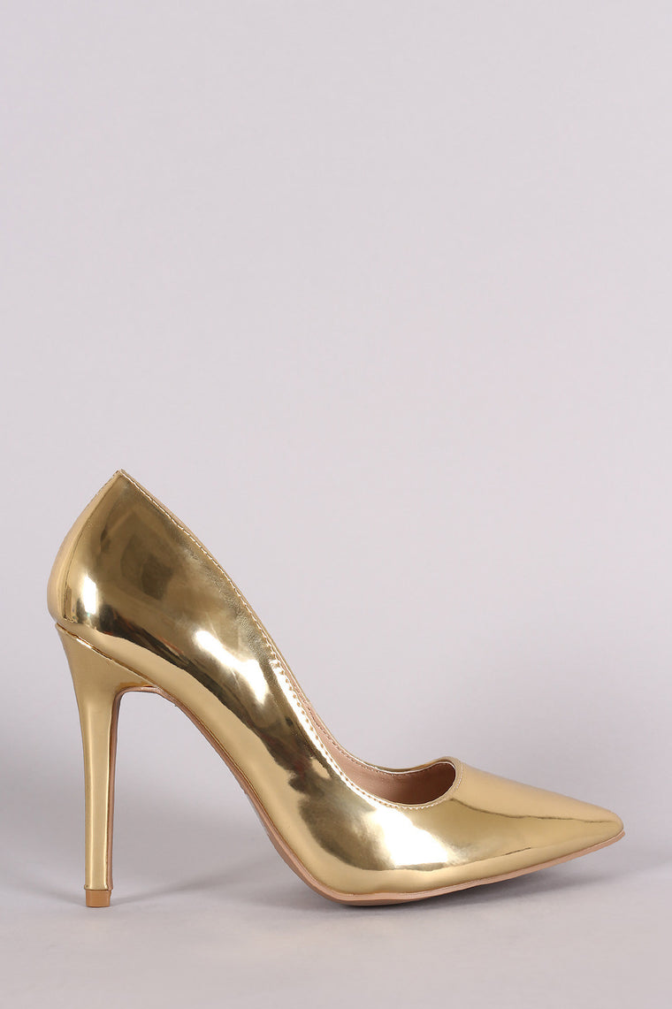 Qupid Metallic Pointy Toe Pump - duzuu