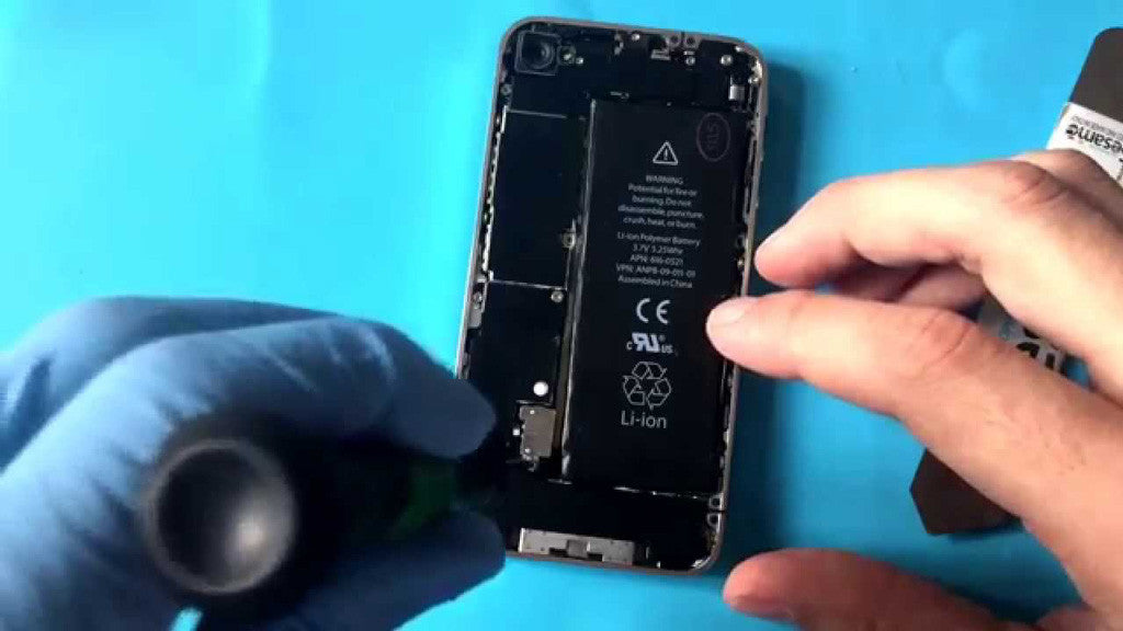 Finding An iPhone Battery Replacement Service