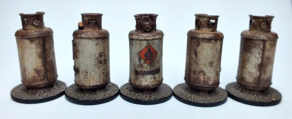 Gas Canisters Cylinders or Propane Tanks - Sprue of 5