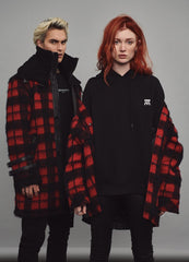 BEquinn - red check - BE EDGY Berlin